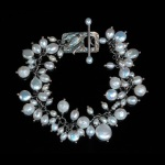 Bird Toggle bracelet by Jonna Faulkner. Jewelry Photography by Steve Rossman
