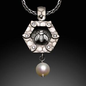 Jonna-Silver Bee Shadowbox-5177-72